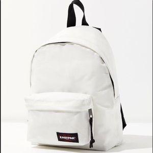 Eastpak | small version of Essental Pak R backpack